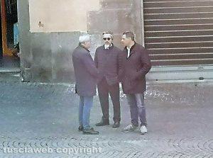 Giovanni Arena, Francesco Battistoni e Giulio Marini a piazza del Comune