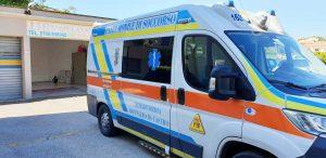Un'ambulanza della Misericordia