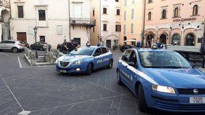 Polizia - Controlli antidroga fuori le scuole
