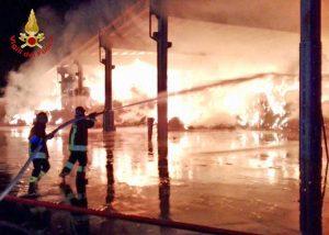 Ferrara - L'intervento dei vigili del fuoco
