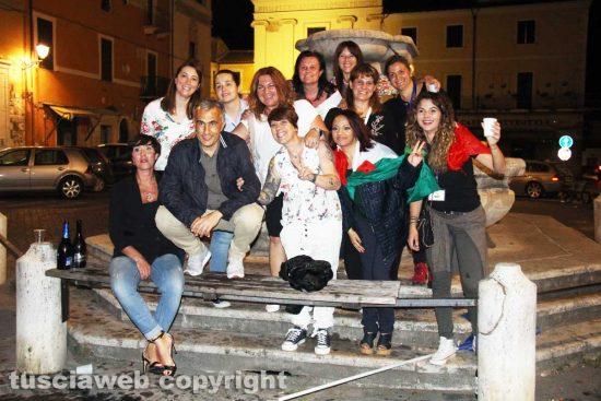 Civita Castellana - La festa subito dopo la vittoria di Franco Caprioli