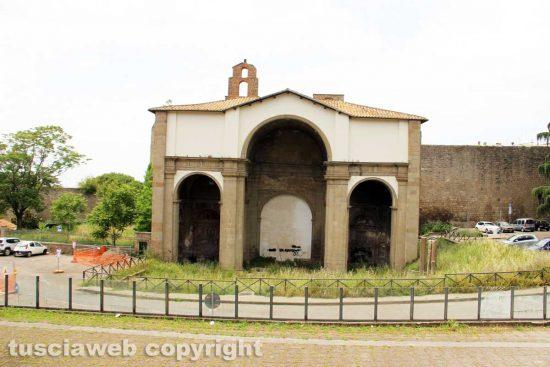 Viterbo - La chiesa di Santa Maria delle Fortezze