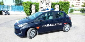 La toyota Yaris ibrida dei carabinieri di Viterbo