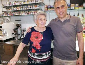 Franco Caprioli con la mamma Carolina Conti