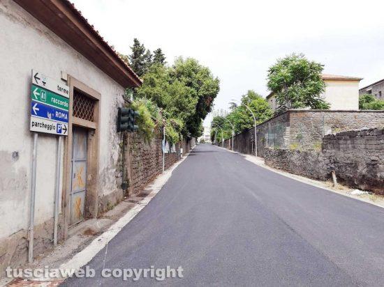 Viterbo - Via Pilastro asfaltata