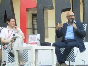 Caffeina - Il giornalista Luigi Ferraiuolo