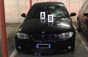 L'auto sequestrata dai carabinieri di Civitavecchia