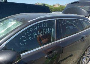 Ferrara - Atti vandalici sull'auto di un turista tedesco