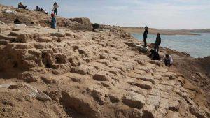 Il palazzo riemerso dal fiume Tigri in Iraq