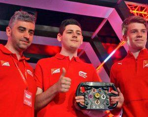 David Tonizza pilota Ferrari al mondiale virtuale di F1