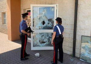 Civitavecchia - Gli atti vandalici alla scuola elementare di Passoscuro