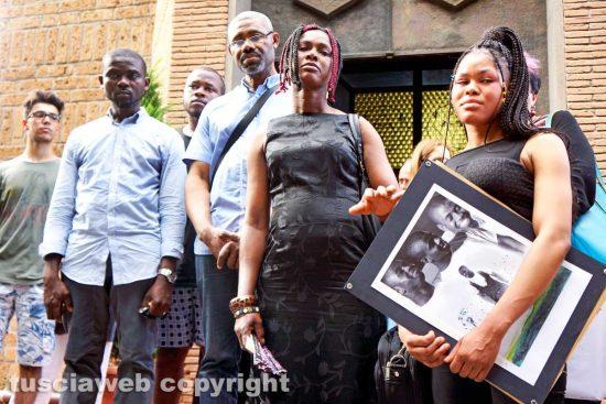 Viterbo - La famiglia di Joshua Chibueze Anyanwu