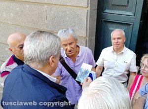Viterbo - Centro sociale Ellera, la protesta sotto il comune
