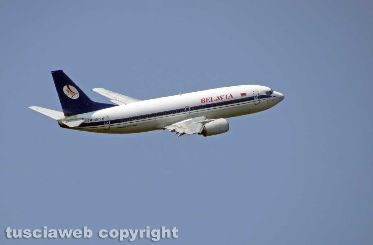 Allarme bomba sull'aereo Lufthansa... per amore