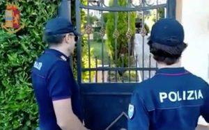Polizia - Operazione Giù le mani