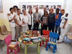 Casa dei diritti sociali della Tuscia dona libri e giochi al Consultorio familiare