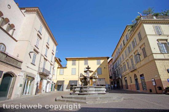 Viterbo - Viterbo - Ferragosto in città - Piazza della Repubblica