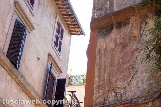 Viterbo - L'affresco distrutto in via Saffi