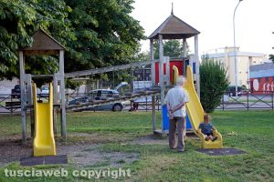 Viterbo - Gli scivoli sistemati al parco del Carmine