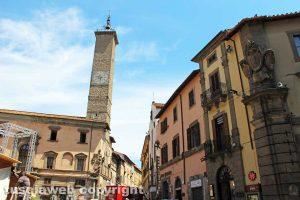 Viterbo - La torre di piazza del comune