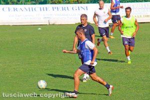 Sport - Calcio - Viterbese - L'allenamento di ieri - Lopez guida la seduta