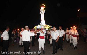 Viterbo - Il trasporto della statua di Santa Rosa per le vie di Santa Barbara