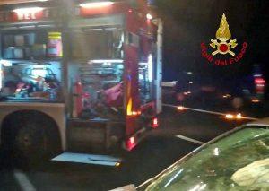 Incidente sulla A14 - Intervento dei vigili del fuoco