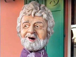 Beppe Grillo col testone