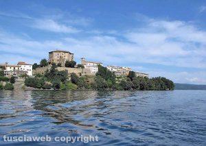Lago di Bolsena - Vista su Capodimonte - Foto di Luca Viviani