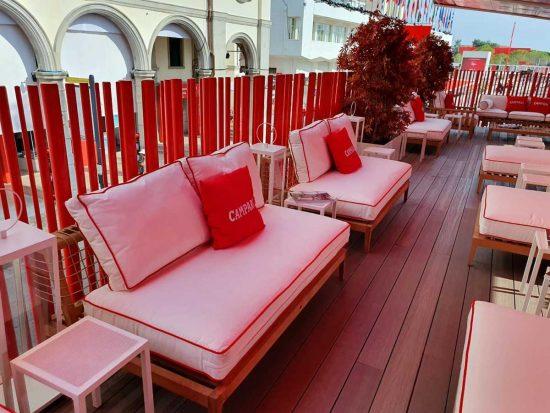 Lounge Campari alla Mostra del cinema a Venezia allestito da Unopiù
