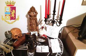 Piacenza - Gli oggetti sequestrati dalla polizia