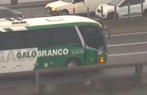 Rio de Janeiro - Autobus sequestrato