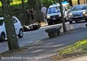 Viterbo - Scontro auto-scooter a viale Trieste