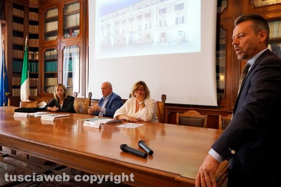 Viterbo - Il sindaco di Tuscania Fabio Bartolacci