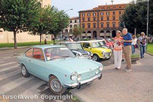 Viterbo - Raduno di auto e moto d'epoca a piazza della Rocca