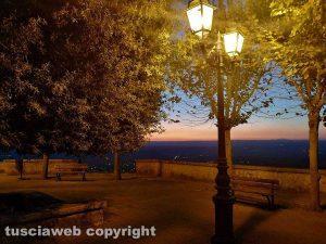 Giove - La Tuscia al tramonto vista dall'Umbria - Foto di Moira Buzzicotti