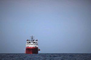 La nave con i migranti a bordo