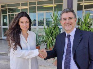 L'assessora Antonella Sberna con l'ex direttore di Mammagialla D'Andria
