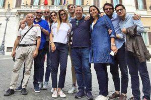Roma - Consiglieri comunali FdI e Lega alla manifestazione contro il Conte 2