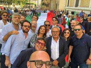 Roma - La manifestazione FdI contro il governo - A destra Martina Minchella