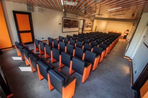 Viterbo - La sala conferenze Vincenzo Cardarelli della biblioteca consorziale