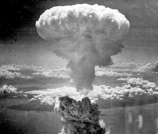 Il fungo atomico su Nagasaki in Giappone