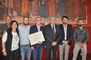 Sport - Arti marziali - Il sindaco Arena consegna un attestato di merito a Bertini