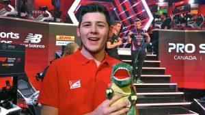 David Tonizza con la mascotte Tonzilla