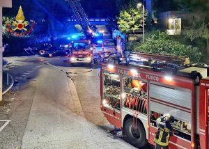 Pesaro - L'incendio nel condominio