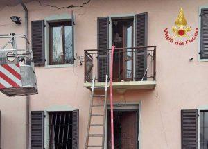 Asti - L'abitazione colpita dall'esplosione dovuta alla fuga di gas