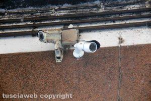 Viterbo - Via della Pettinara - Due telecamere