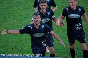 Sport - Calcio - Viterbese - L'esultanza di Michele Volpe