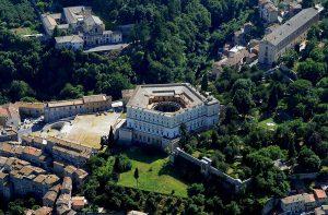 Caprarola - Il Palazzo Farnese dall'alto