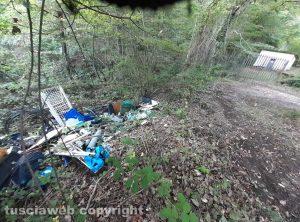 Soriano nel Cimino - Discarica abusiva vicino alla sorgente dell'Acquaspasa